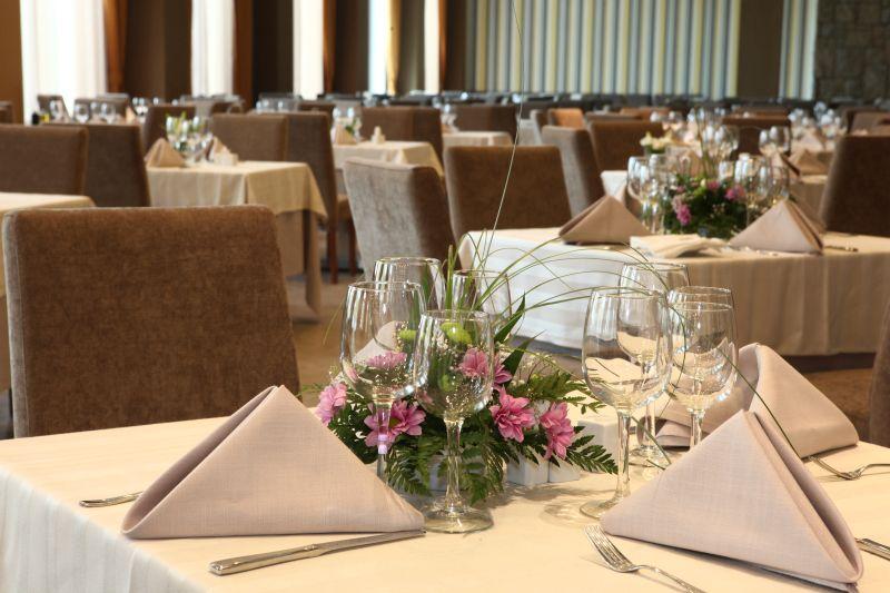 iaki restaurant (2)
