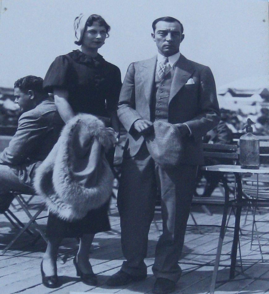Actorul Buster Keaton si sotia, Les Planches Deauville, 1934